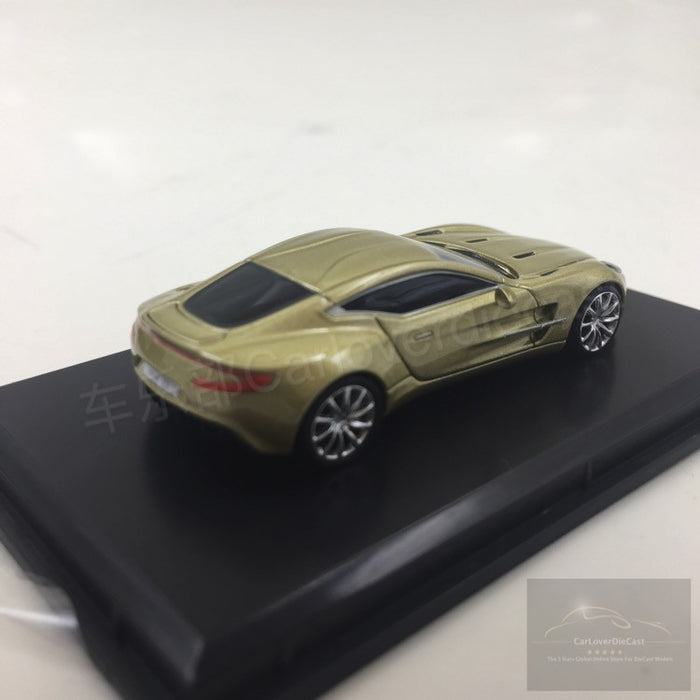 1:87 gold FrontiArt Aston Martin One-77