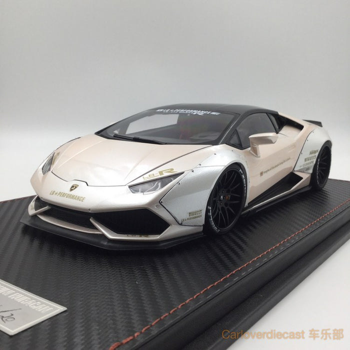 (ACM) Huracan LB Works Diecast Scale 1:18 (Pearl White with gold deco special edition)  Limited 20 units (Lead time for custom made 2-3weeks)