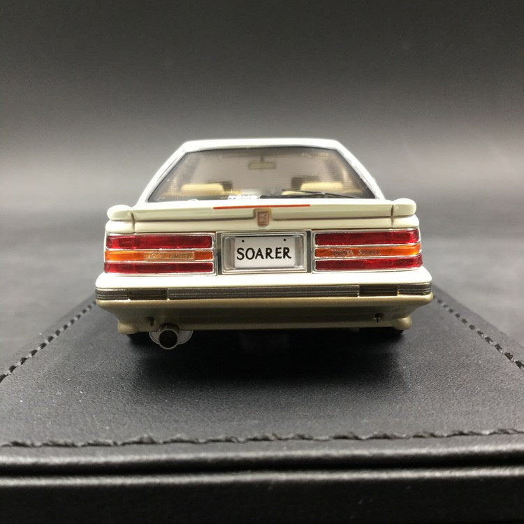 Ignition Model 1:43 Toyota Soarer (Z20) 3.0GT-LIMITED   White/Silver ※BB(LM)-Wheel resin Model (IG1317) available now