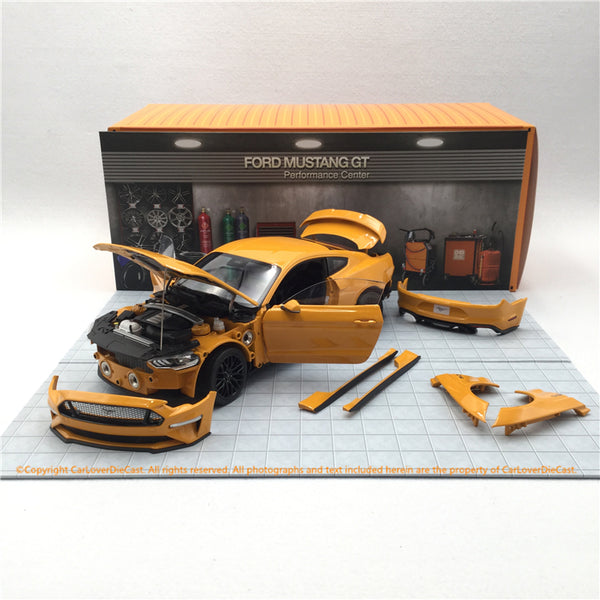 DIecast Master 1:18 Ford 2019 Mustang (Orange yellow) diecast full open model (61001) LHD available now