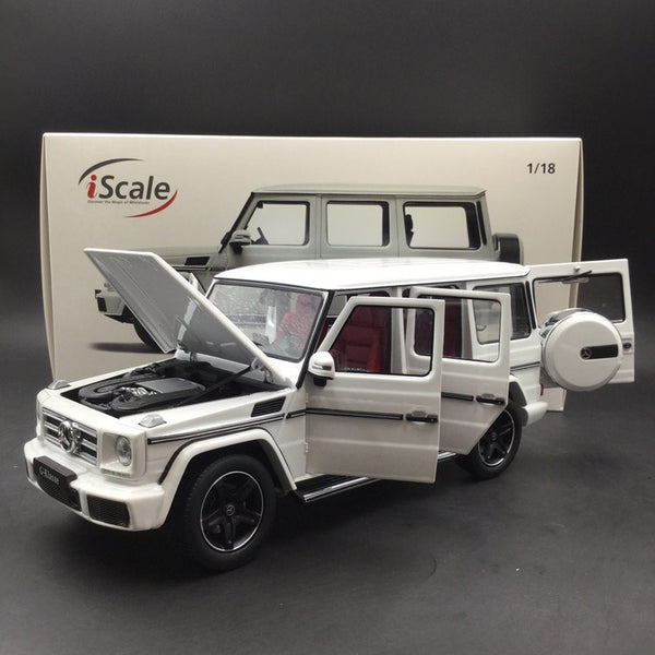 iScale 1:18 Mercedes-Benz G Klasse (White) Diecast Full Open availble Now