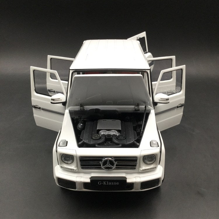 iScale 1:18 Mercedes-Benz G Klasse (White)(1800000007) Diecast Full Open availble Now