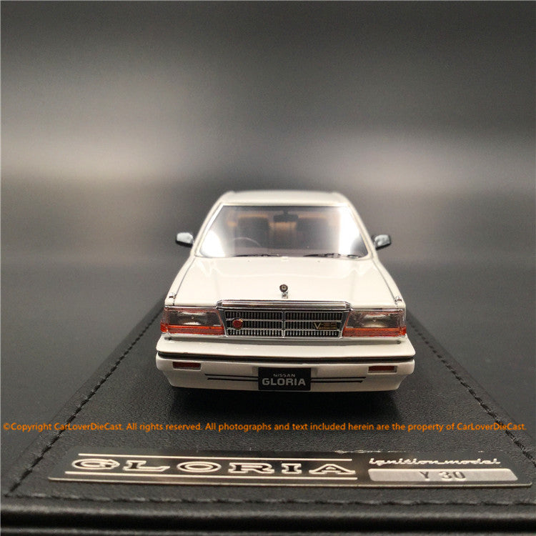 Ignition Model 1:43 Nissan Cedric (Y30) 4Door Hardtop Brougham VIP  White  resin model (IG1419)
