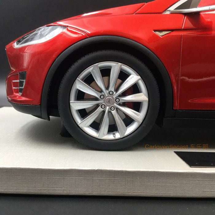 LS Collectibles - Tesla Model X 2016 Metallic Red resin scale 1:18 (LS30B)
