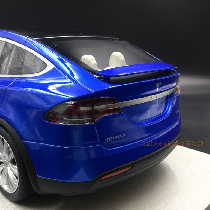 LS Collectibles - Tesla Model X 2016 Metallic Blue resin scale 1:18 (LS30A)
