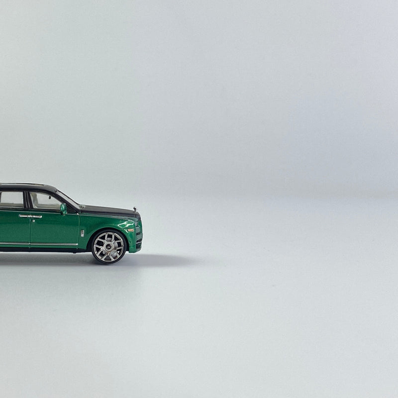 SMALLCARART 1:64   RR Curinan 2020 green/Matte black (SK164008GD) Diecast Car available on the end of Jan 2021  pre-order now