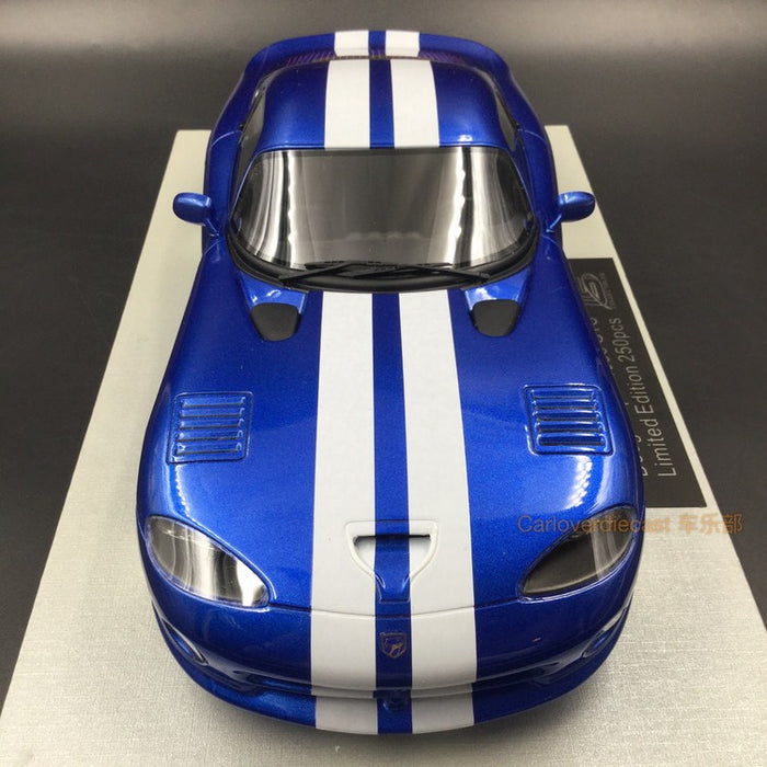 LS Collectibles - Dodge Viper GTS metallic Blue resin scale 1:18 (LS16A)
