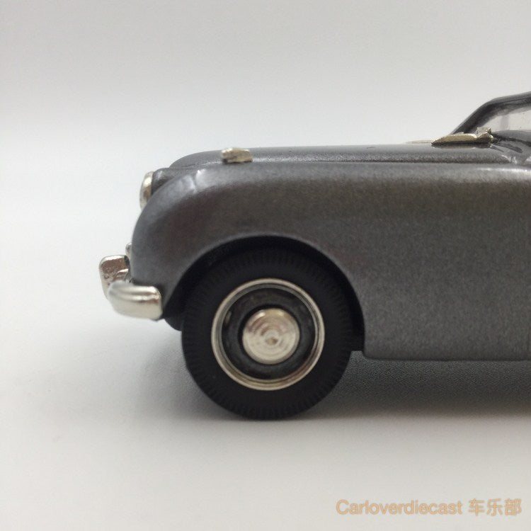Brooklin Models -   1954 JENSEN INTERCEPTOR 4-SEATER CONVERTIBLE HandMade White Metal Scale 1:43 Available Now (LDM118)