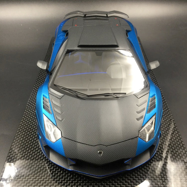 Mansory 1:18 Carbonado Matt metallic blue with carbon look  with carbon base and display cover limited 30 pcs  (AC08)