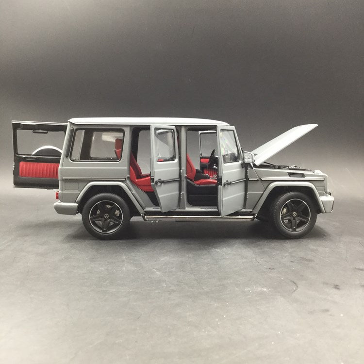 iScale 1:18 Mercedes-Benz G Klasse (Mat Grey) (1800000008)Diecast Full Open available now