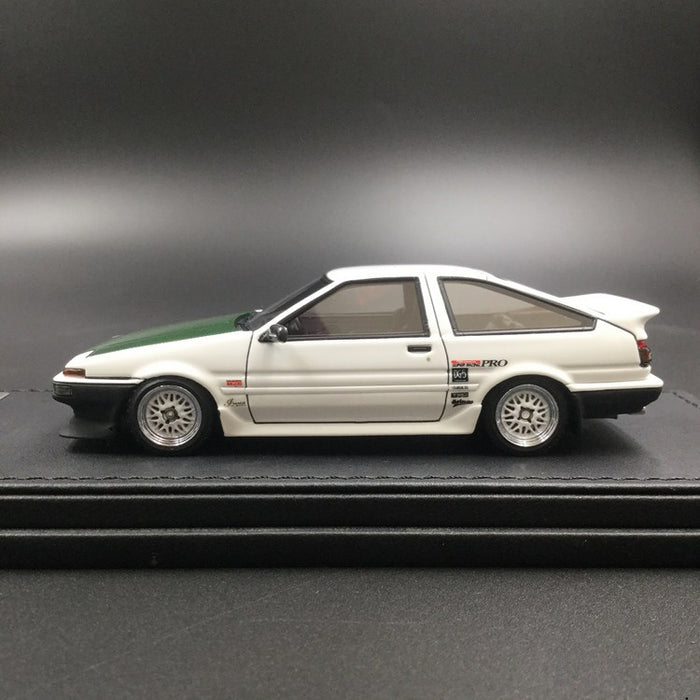 Ignition Model 1:43 Toyota Sprinter Trueno (AE86) 3Door TK-Street Ver.2 with DK signature (IG1588)  resin model