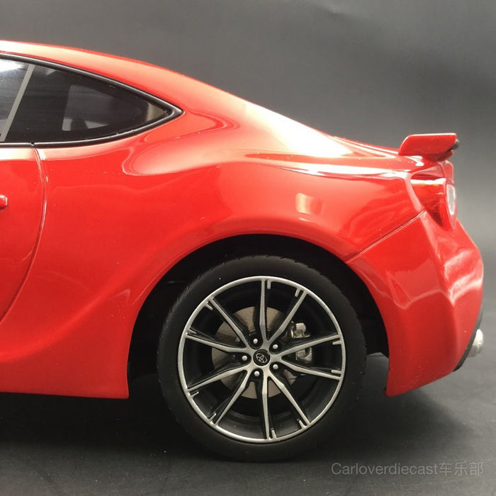 (Kyosho Samuari) Toyota 86 resin scale 1:18 in Red (KSR18018R-B) available now