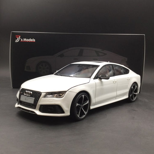 J's Models  1:18 Audi RS7 Sportback (white with carbon side Mirror) diecast full open Limited 999 pcs (KF001102WC) available now