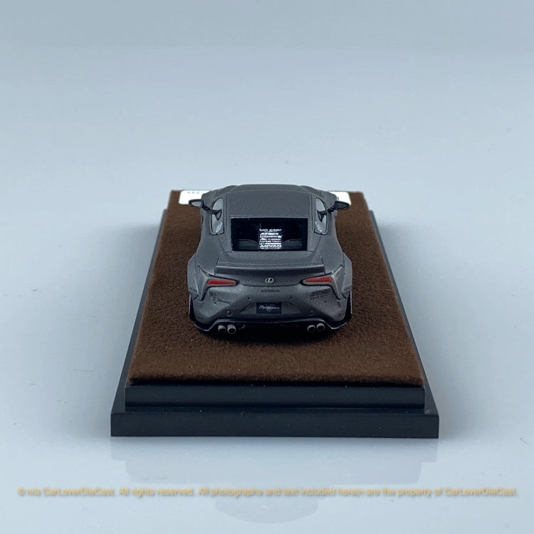JEC 1:64 LB Works LC500 Wide body (Mat Metallic Grey ) free with Traveller Car Top Case (J64-006-MG) Resin car model
