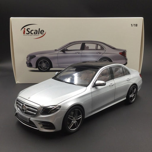 iScale 1:18 Mercedes E-Klasse  Limousine W213 diecast full open Silver (018000000001) available now