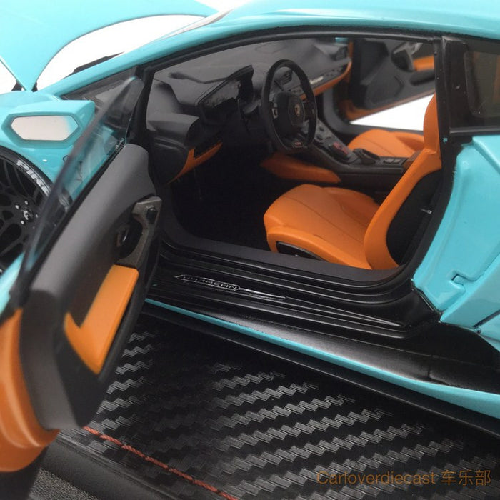 (ACM) Huracan LB Works full open  Scale 1:18 (Tiffany Blue) Limited Edition (Lead time for custom made 2-3weeks) ACM010