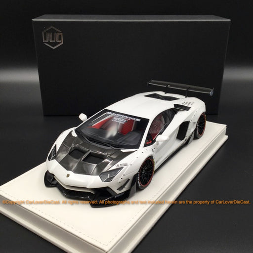 JUC 1:18 LB works 2.0 Aventador resin car model (White in Black Bonnet normal base  ) J39-07