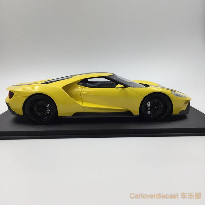 (TopSpeed) Ford GT 2015 LA Auto Show -Triple Yellow Scale 1/18 Resin Model (TS0029) FREE Display Cover !