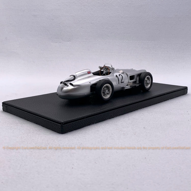 GP Replicas - W196 Open wheel 1955 n. 2 - British Grand Prix - Stirling Moss, OPENING HOOD resin scale 1:18 (GP15C) available now