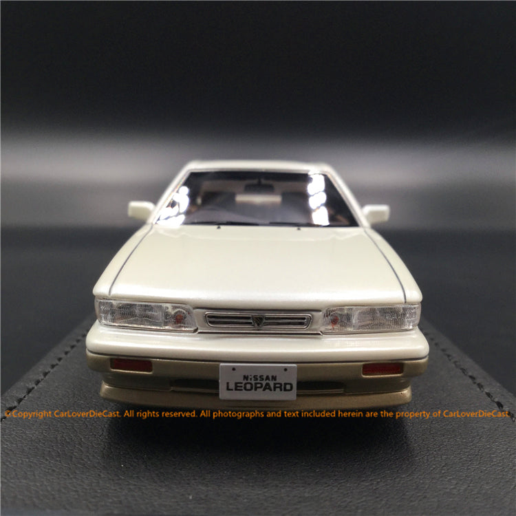 ignition Model 1:43 Nissan Leopard (F31) Ultima V30Twin CamTurbo (White )IG1568 resin car model