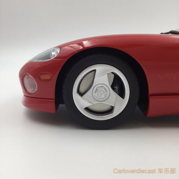 (GT Spirit) Dodge Viper RT/10 Resin Scale 1/18 Limited 1500pcs (GT156) Available  now