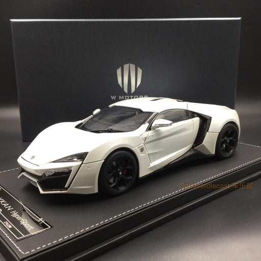 Kengfai model - W. motor Lykan Hypersport in White diecast scale 1:18 full open with display case and base, coming  on June Pre-order now (KF00103)