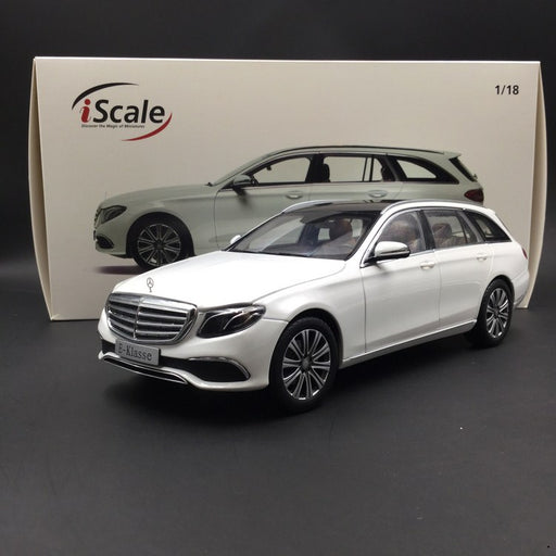 iScale 1:18 Mercedes E-Klasse T-Modell diecast full open White (018000000003) available now