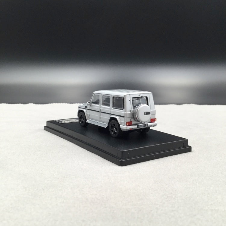 iScale 1:64 Mercedes W463 G-Klasse (Silver ) (iscale64-sv) diecast car model with display case and cover