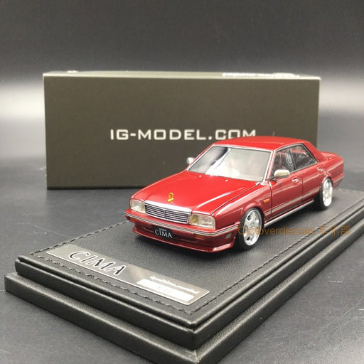 Ignition Model 1:43 Nissan Cedric Cima (Y31) Resin Model (IG1091)  Red