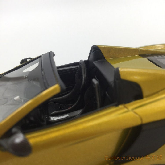 TSM-Model Mclaren 675LT Spider Solis resin scale 1:43 (TSM430202) available  now