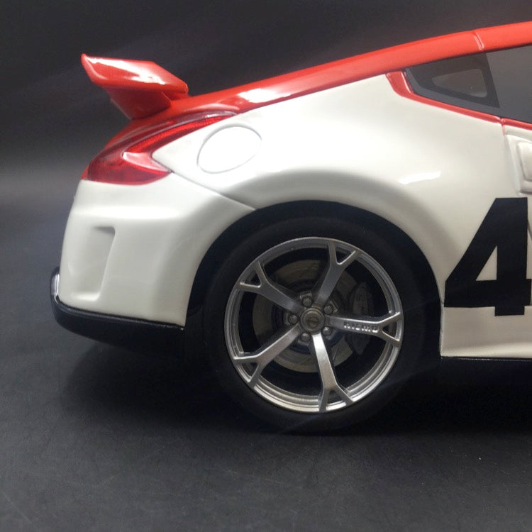 GT Spirit 1:18 BRE 2010 Nissan 370Z 40th Anniversary Edition  resin model (US edition) US013 available now