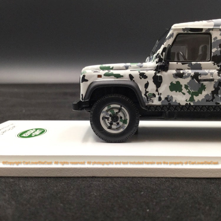 "TSM 1:43 Land Rover Defender CNN Amoured Defender "" Pizza Truck"" (TSM430215) resin car model"