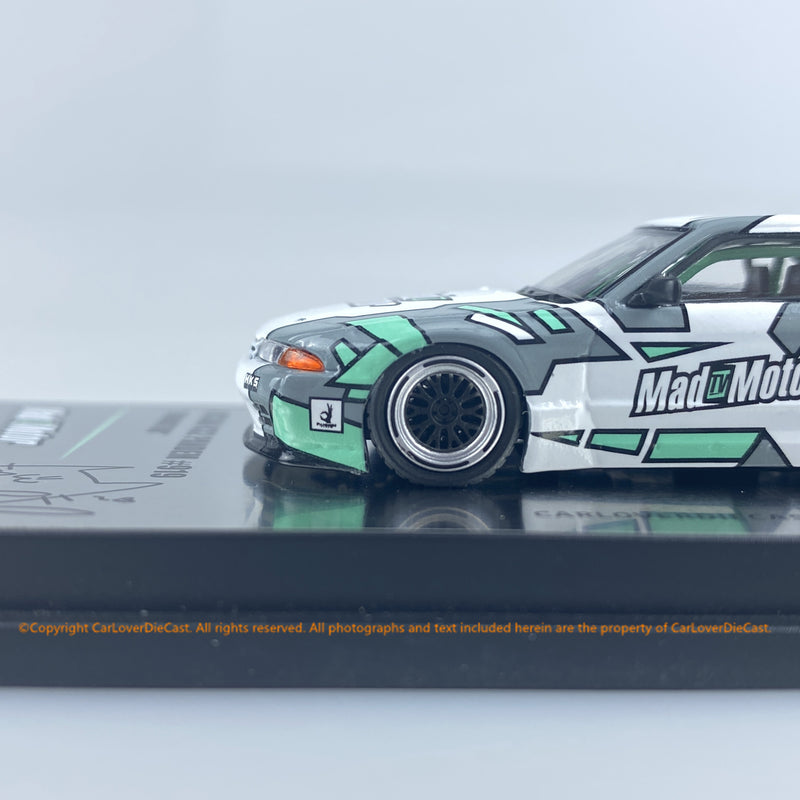 INNO 1:64 NISSAN R32 PANDEM MADMOTOR ECHO GAO (IN64-R32P-MMEG) CLDC exclusive edition