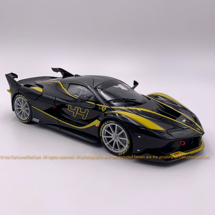 Bbruago 1:18 Ferrari FXX K (18-16907-Black) black diecast car model