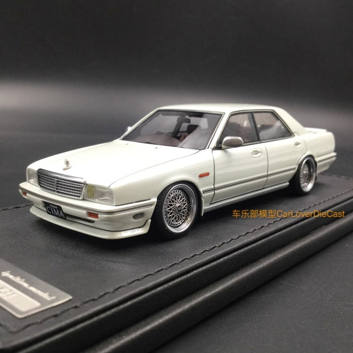 Ignition Model Nissan Gloria Cima (Y31) Pearl White Resin Scale 1/43 Model (IG1085)