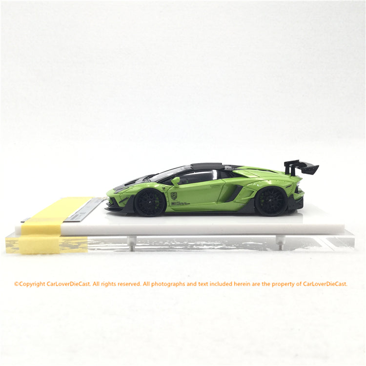Fuelme 1:43 LB Works Aventador Roadster 50th Limited edition (Isaca Green) Resin Car model (FM43007-50LE-WN19) available now