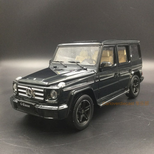 iScale 1:18 Mercedes-Benz G Klasse (Dark Green) Diecast Full Open available now