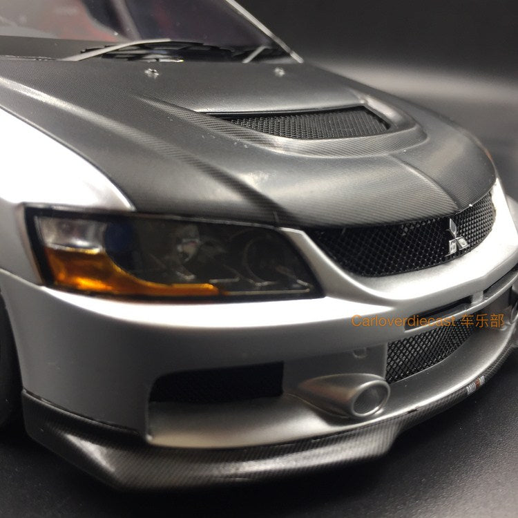 (AGU Model) Mitsubishi Lancer EVO IX resin scale 1:18 in (Silver with Carbon ) AGU-012CR re-production available  now