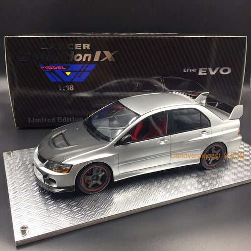 (AGU Model) Mitsubishi Lancer EVO IX resin scale 1:18 in (Silver with Carbon ) AGU-012CR Limited 600 pcs available now