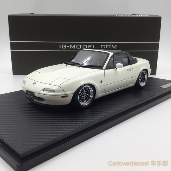 Ignition model - Eunos Roadster (NA) White (EQ-Wheel) resin scale 1:18 (IG0664) free display cover