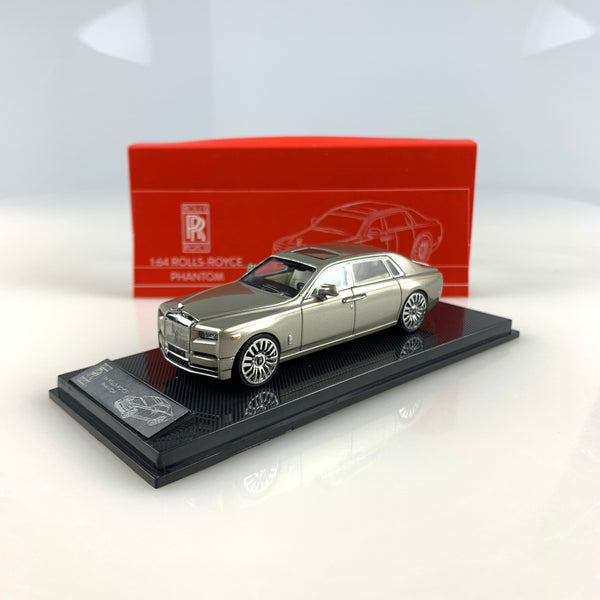 SMALLCARART 1:64  RR Phantom Generation 8 Champagne gold (SK164005G) Diecast Car available Available now
