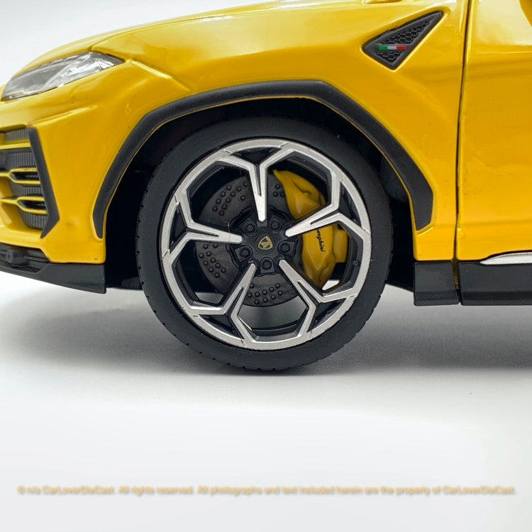 Bbruago 1:18 Lamborghini Urus 18-11042 Yellow  diecast car model