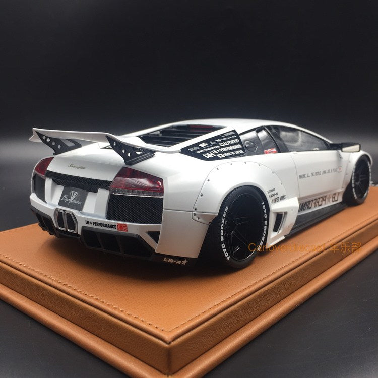 LB works Murcielago resin scale 1:18 (Mat white with leather based) available now