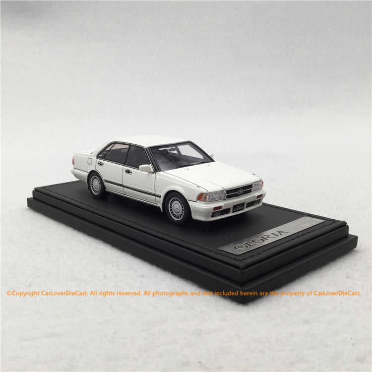 ignition Model 1:43 Nissan Gloria (Y31) Gran Turismo SV white (IG1257) resin car model