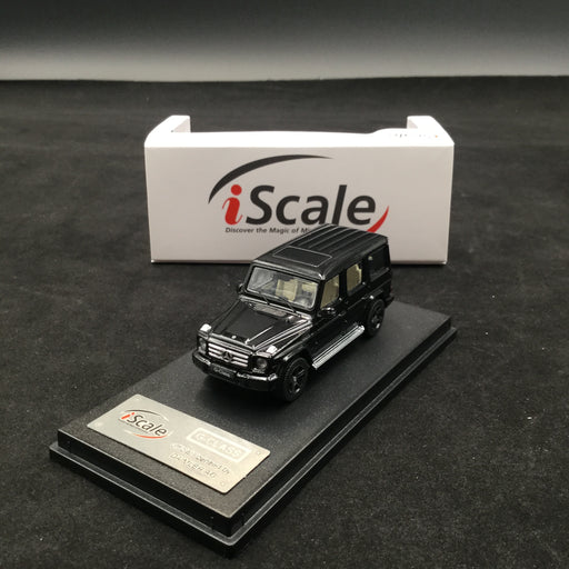 iScale 1:64 Mercedes W463 G-Klasse (Black ) diecast car model with display case and cover