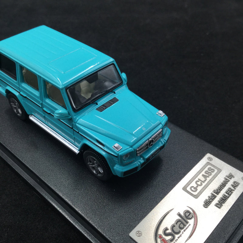 iScale 1:64 Mercedes W463 G-Klasse (iscale64-TF ) diecast car model with display case and cover