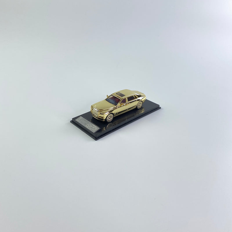 SMALLCARART 1:64  RR Phantom VIII Electroplated gold  (SK164005EG) Diecast Car available now
