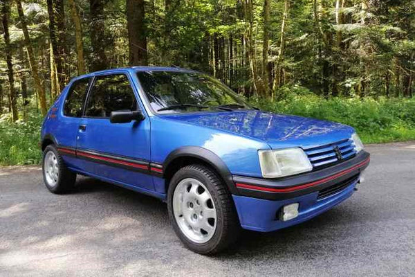GT Spirit 1/8  PEUGEOT 205 GTI 1.9 Miami blue 1991 (GTS800402)  resin car model available on End of JANUARY 2021 Pre-order item