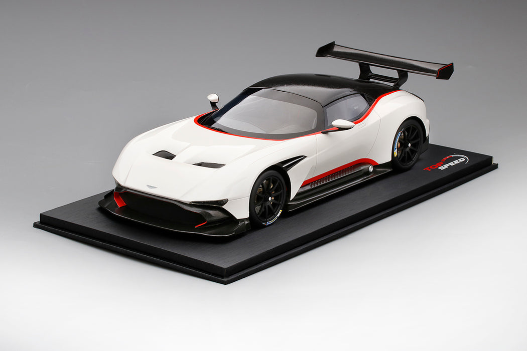 TopSpeed) Aston Martin Vulcan (White) Scale 1/18 Resin Model Limited ...