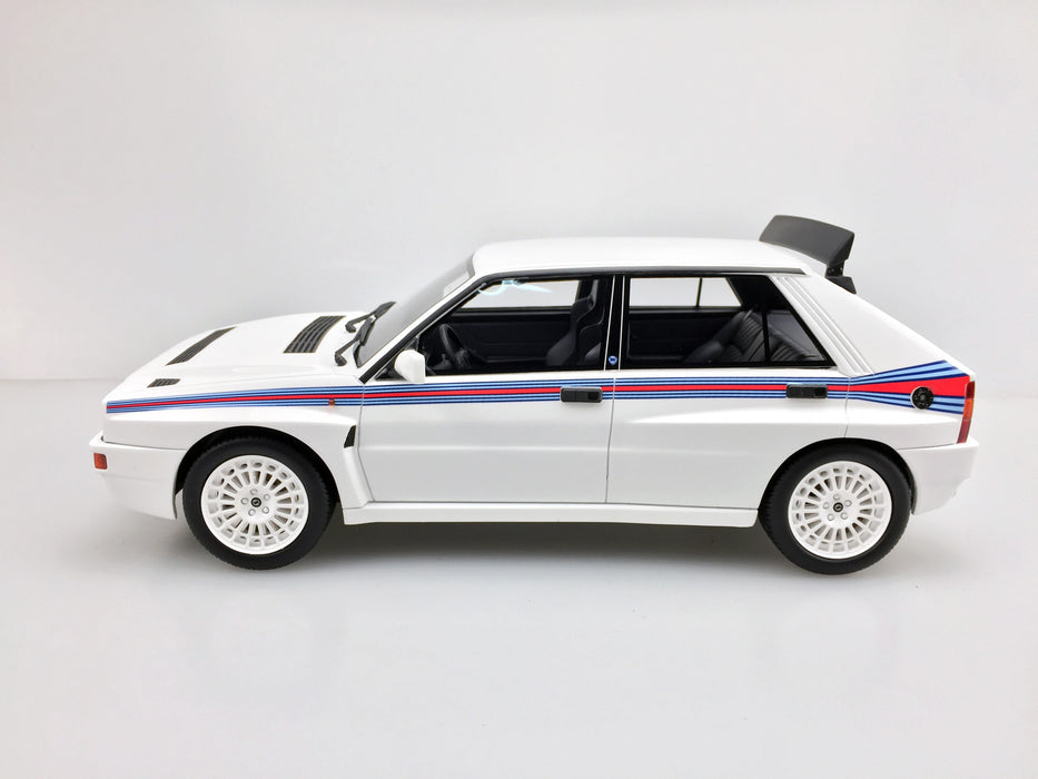 LS Collectibles - Lancia Delta  EVO Martini 5 1993 resin scale 1:18 (LS34B) available on end of May 2018 Pre-order now